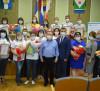 Глава Администрации МР вручил награды волонтёрам.